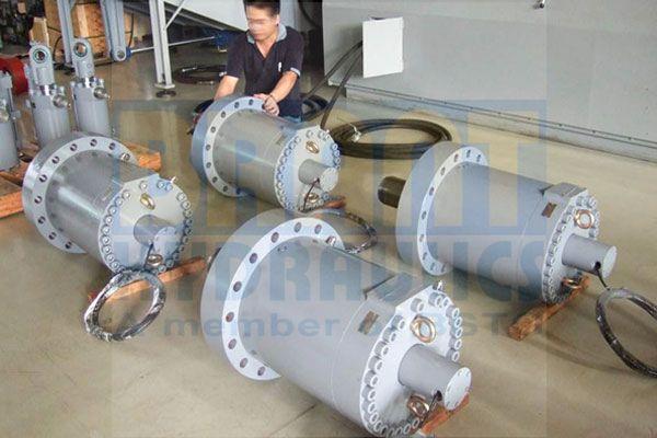 Servo Cylinder with Sensor